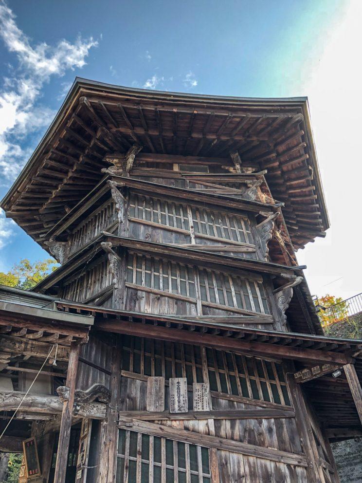 24102017-article_tohoku__instagram_bds_122017__sazaedo__temple_sanbutsuji