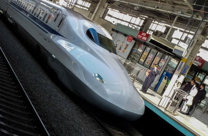 train2_art